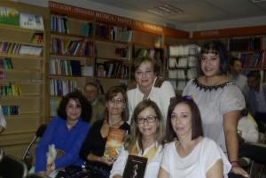 Escritoras y blogueras cordobesas con Promesas de arena